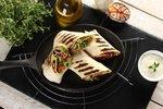 Wegetariańskie grillowane tortille z warzywami i kiełkami słonecznika2.JPG